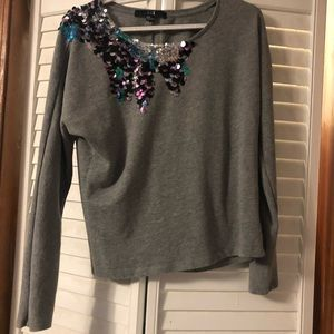 XXI Long sleeve gray top with sequence!